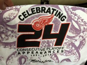 red-wings-24-years-towel